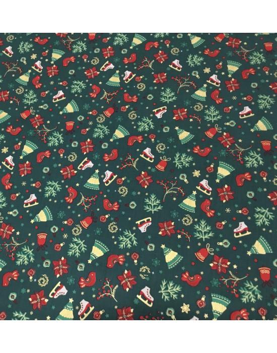 Tela Navidad verde con dibujos navideños 10 x 140
